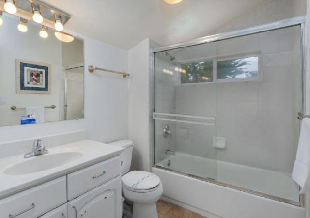 33 Anita Ave, Watsonville, California 95076, 5 Bedrooms Bedrooms, ,4 BathroomsBathrooms,La Selva/Sunset,Vacation Rental, 33 Anita Ave,1005