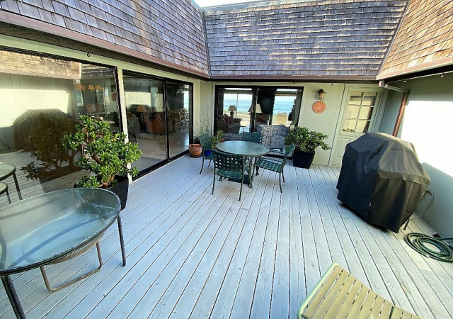 640 Beach Dr, Aptos, California 95003, 4 Bedrooms Bedrooms, ,3.5 BathroomsBathrooms,Beach Drive,Vacation Rental,640 Beach Dr,1061