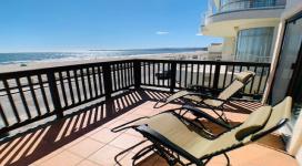 3 Bedrooms Bedrooms, ,3 BathroomsBathrooms,Beach Drive,Vacation Rental,1079