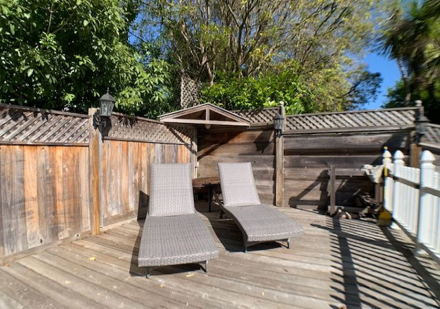 5 Bedrooms Bedrooms, ,3.5 BathroomsBathrooms,Off Beach,Vacation Rental,1081