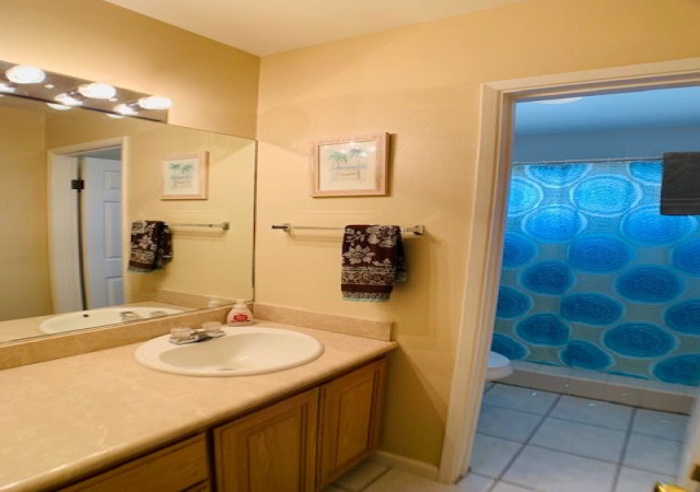 5 Bedrooms Bedrooms, ,3.5 BathroomsBathrooms,Off Beach,Vacation Rental,1081